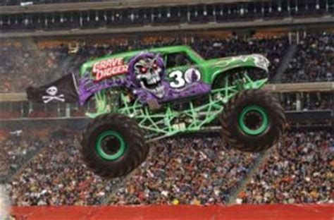 grave digger monster truck 30th anniversary themonsterblog com we know monster trucks 2012 marks
