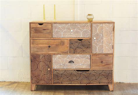 Atylia Meubles Et Décoration by Commode Design Bois 7 Tiroirs 2 Portes Meubles Et