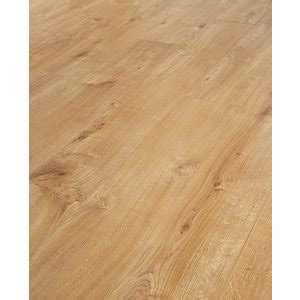 pictures of wood floors in kitchens laminate flooring oak laminate flooring wickes co uk 9137