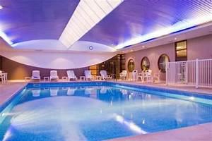 Hotel Chasseneuil Du Poitou : hotel plaza futuroscope chasseneuil du poitou france ~ Melissatoandfro.com Idées de Décoration