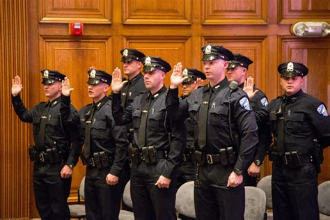 Worcester police welcome eight new recruits - News ...