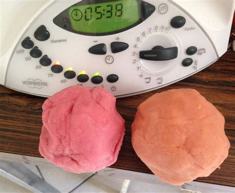 pate a modeler non toxique recipe diy and crafts robots and thermomix