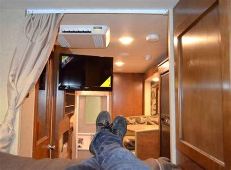lance  camper full wall     dry bath