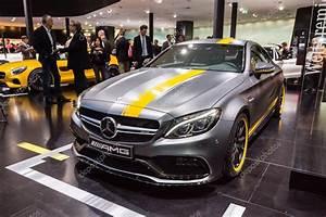 Mercedes C63s Amg : 2016 mercedes amg c63s coupe edition 1 stock editorial ~ Melissatoandfro.com Idées de Décoration