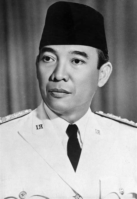 biografi presiden soekarno singkat  lengkap