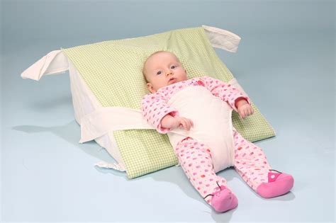 Bed Wedge Acid Reflux by Deluxe Bassinet Preemie Ar Pillow