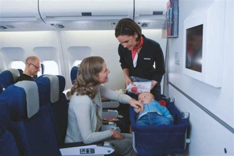 siege bebe avion voyager avec bébé en avion