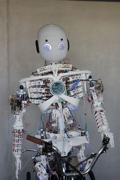 generative design fusion   humanoid robots