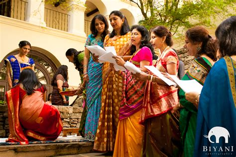 traditional gujarati haldi pithi mehndi sangeet