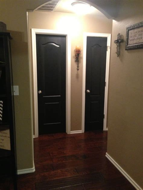 what is the best paint color for a bedroom 88 best painted doors images on painted doors 21346