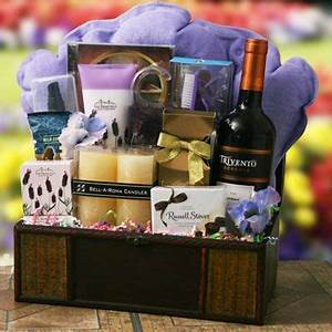 Traverse City Wineries Gift Baskets – Gift Ftempo