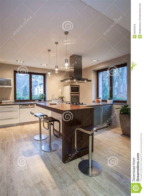 travertin cuisine maison de travertin cuisine contemporaine image stock