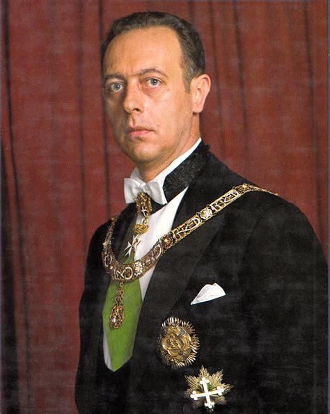 Il principe amedeo di savoia è morto ad arezzo all'età di 77 anni, lo rende noto la real casa di savoia. Prince Amedeo, Duke of Aosta (b. 1943) - Wikiwand