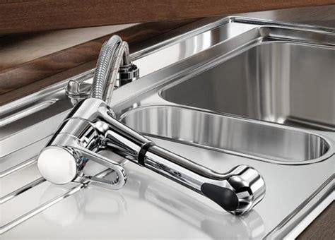 robinet cuisine escamotable sous fenetre mitigeur spécial fenêtre à douchette amovible blancoorion