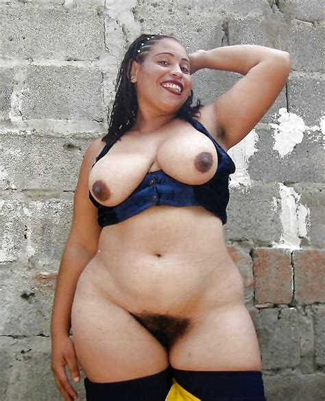 Lovely Big Hips 2 25 Pics
