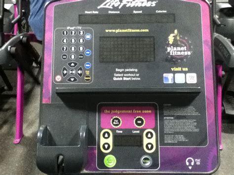 Planet Fitness Elliptical Life Fitness Exercise Machine ...