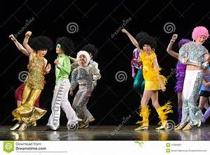 Children Dancing On Stage Editorial Photo - Image: 47893801