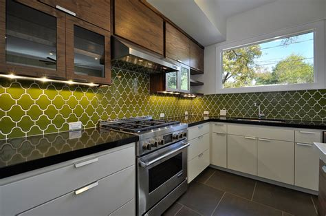 Mid Century Modern Kitchen Backsplash : Midcentury Modern San Antonio Kitchen