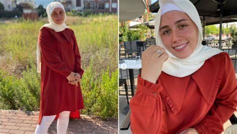 22 gadus vecā svarcēlāja Rebeka Koha pārgājusi islāmā - DELFI