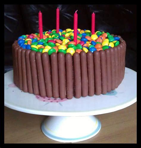 Finger Chocolate Cake Birthday