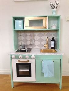 Ikea Duktig Hack : 1000 ideas about kitchenette ikea on pinterest kitchenette french boutique and colorful chairs ~ Eleganceandgraceweddings.com Haus und Dekorationen