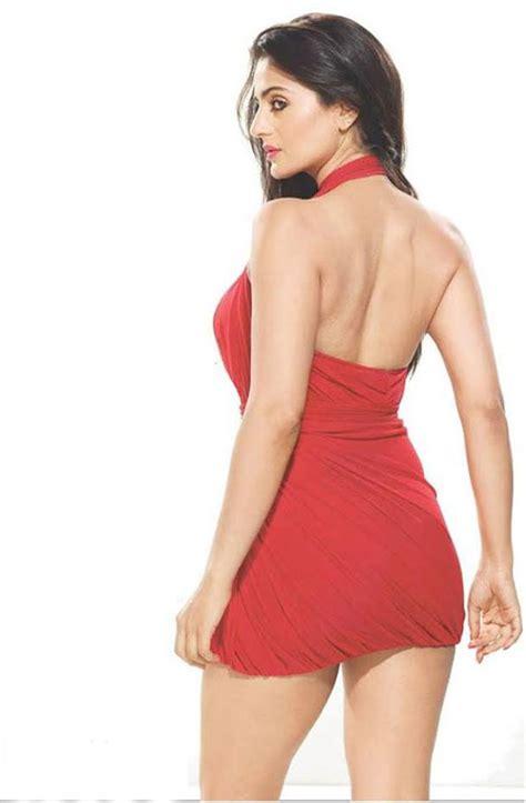 ameesha patel hot hd images bikini pictures latest