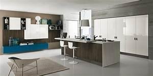 Cucine con isola cose di casa for Cucine con isola e piano legno