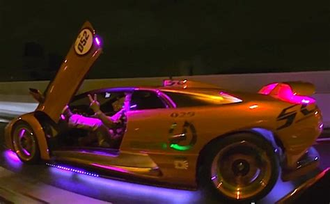awesome japan night time car scenarios daily urban culture
