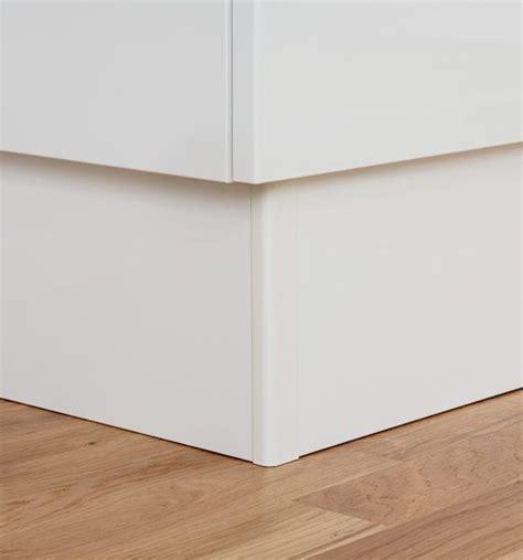 profil de jonction d angle pour plinthe houdan cuisines