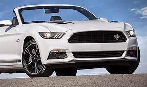 2016-ford-mustang-gt Grille