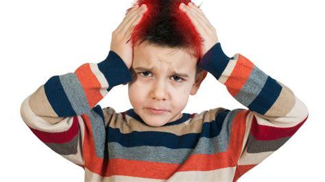 mal di testa bambini 10 anni mal di testa a scuola a rischio 8 studenti su 10