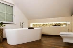 badezimmer heizkã rper deko moderne bäder dachschräge moderne bäder or moderne bäder dachschräge dekos