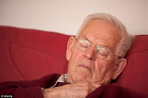 Lack Of Deep Sleep In Old Age 'can Contribute