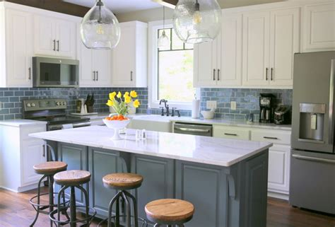The Decorologist Reports 2017 Kitchen Trends  The