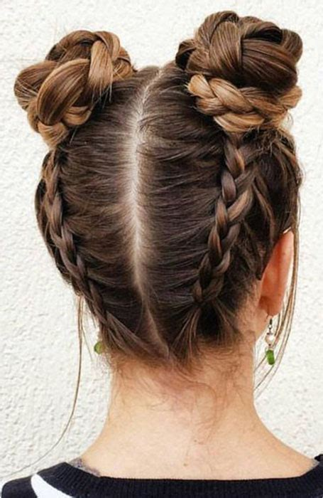 20 stylish bun hairstyles that you will want to copy the