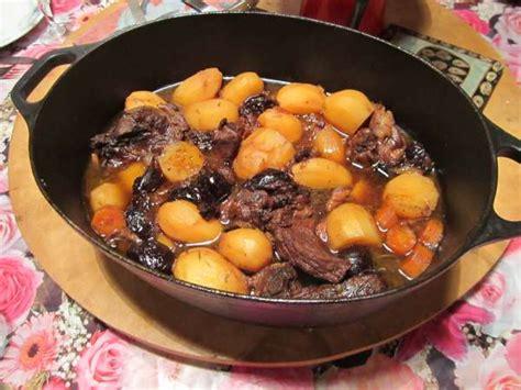 cuisiner les pruneaux daube de porc aux pruneaux recette de porc aux pruneaux