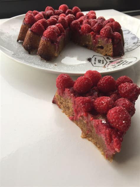 tarte a l oignon sans pate tarte sans p 226 te amandes framboises et sa cuisine gourmande et l 233 g 232 re