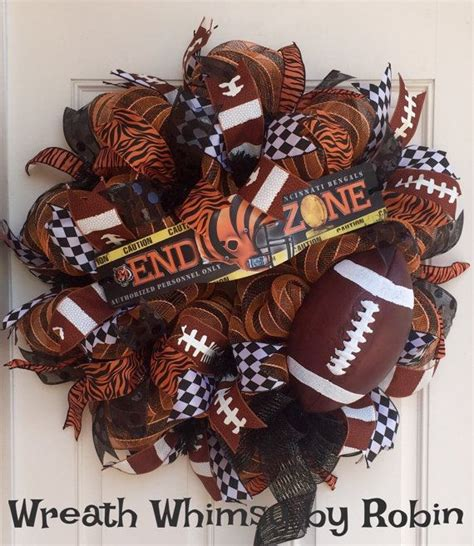 Football Wreath Decorations - 570 best images about wreaths nfl pro football wreaths
