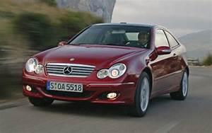 Mercedes Classe C 2005 : mercedes benz classe c coup quand mercedes nous parle mercedes benz classe c 2005 guide ~ Medecine-chirurgie-esthetiques.com Avis de Voitures