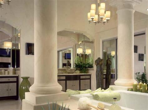 Greek Revival Bathroom Photos
