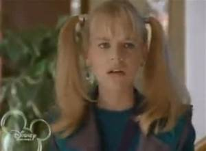 This is what it's like to watch Zenon: Girl of the 21st ...