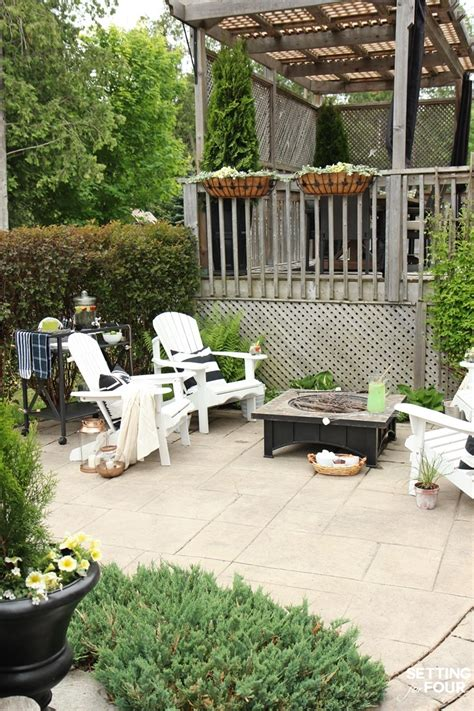 simple summer fire pit seating area setting