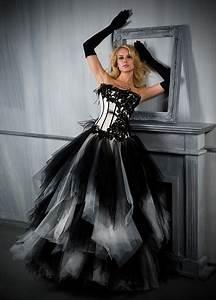 Robe De Mariée Noire : robe de mari e noire et blanche robes haute couture ~ Dallasstarsshop.com Idées de Décoration