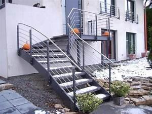 Außentreppe Sanieren Kosten : au entreppe aus stahl sc22 hitoiro ~ Lizthompson.info Haus und Dekorationen