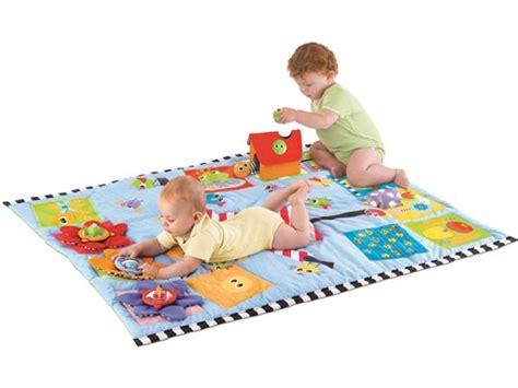 grand tapis de jeux bebe gagnez un tapis de jeux de yookidoo le grand concours de nicolas