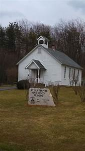 Old Number 40 One room school house   One room schoolhouse ...