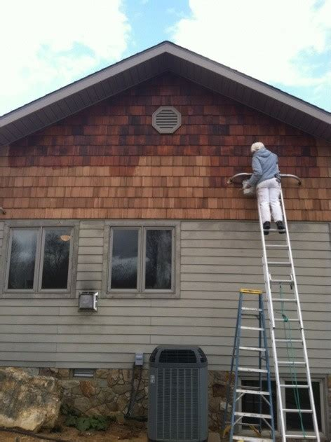 cedar siding stain verticle reccomendations shake cost natural shakes dark painting well sikkens