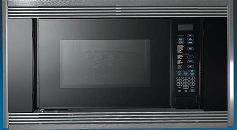 wolf mw   cu ft countertop microwave oven