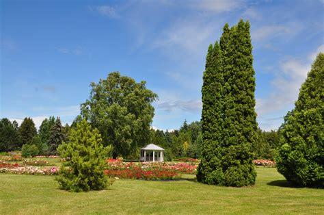 Nacionālais Botāniskais dārzs - Garden Pearls