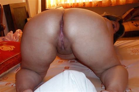 Arab Mature Women Showing Pussy And Big Boobs 17 Pics